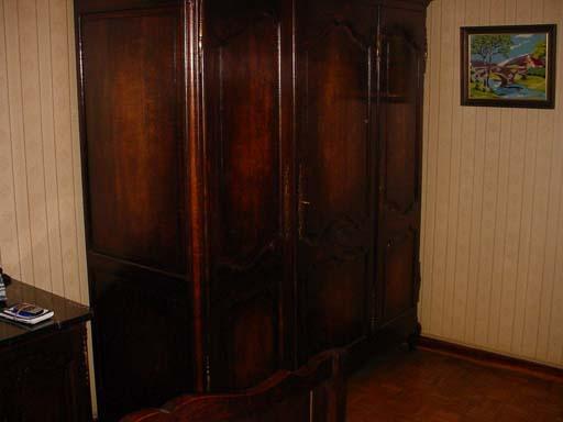 aankoop-meubelen-kleerkast-2
