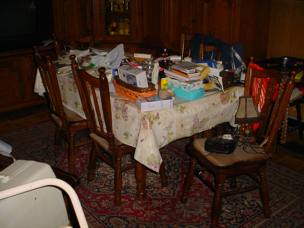 inboedel leegmaken ontruiming ontruimen appartement Antwerpen