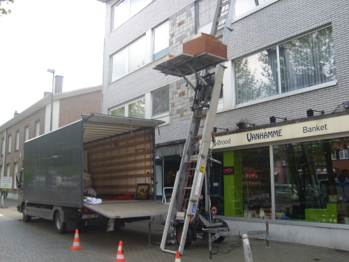 den-heistsen-hamer-ladderlift-huren-inboedel-leegmaken-verhuizen-02